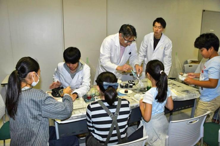 Dr akiyama_01